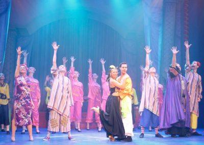 Aladdin Cast on Stage