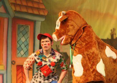 Pantomime Cow Talking